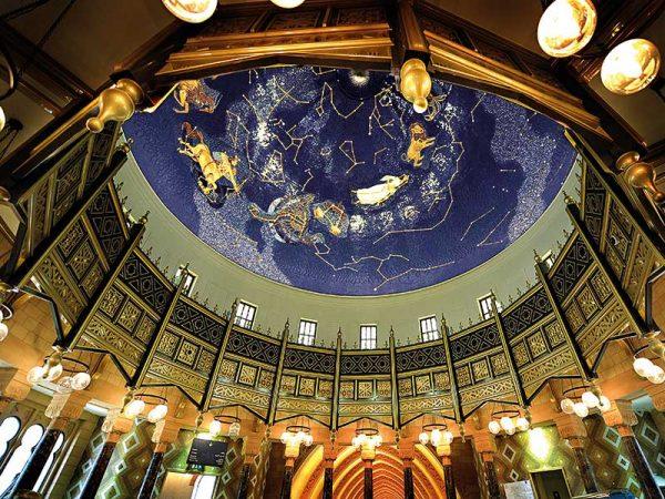 Купол музея изнутри