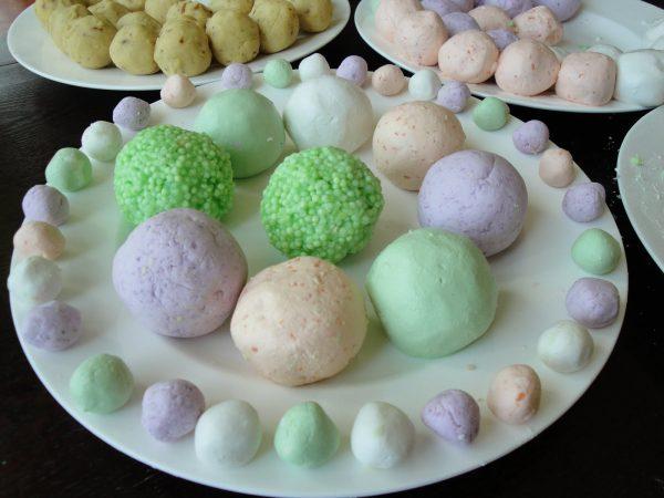 Сладкие шарики из риса Тань-Юань