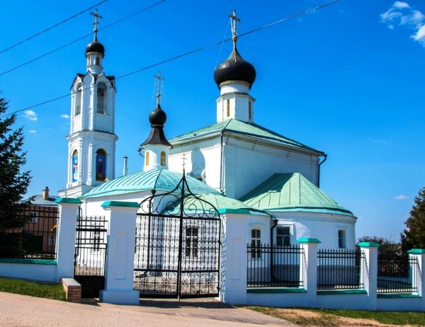 Покровская церковь в Волоколамске