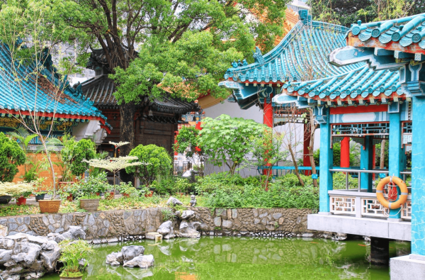 Сад добрых желаний в храме Вонг Тай Син, Гонконг
