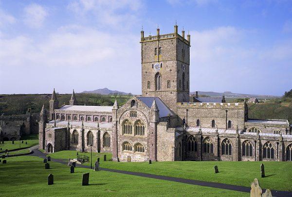 Здание собора святого Давида в Уэльсе