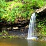 Водопад в лесу Фавн