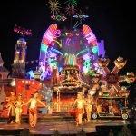 Вечернее шоу в парке «Фантазия»