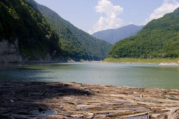 Озеро Амткел в Абхазии