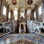 Дворец в Казерте: вид изнутри
