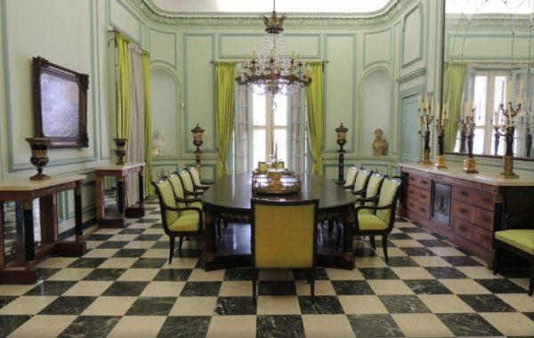 Один из залов музея Наполеона в Гаване