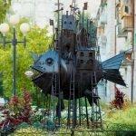 Памятник Чудо-юдо-рыба-кит, Омск