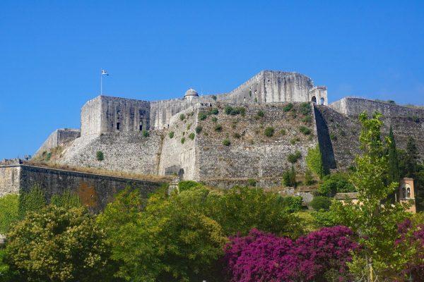 Крепостные стены Нео-Фрурио в Керкире