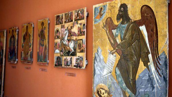 Старинные иконы в Византийском музее