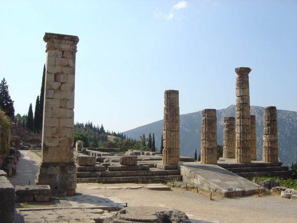 Руины храма в Палеополисе под Керкирой