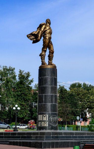Памятник героям-стратонавтам в Саранске