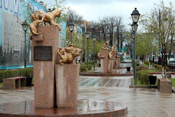 Сквер сибирских кошек, Тюмень