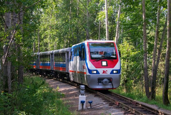 Поезд Тюменской детской железной дороги