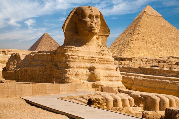Пирамиды Гизы и статуя Великого Сфинкса