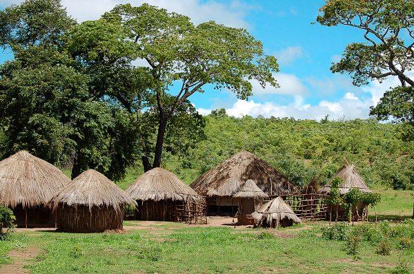 Деревенские жилища в Замбии