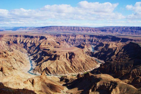 Горы и ущелья в каньоне Фиш-Ривер