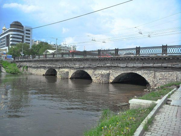 Каменный мост в Екатеринбурге