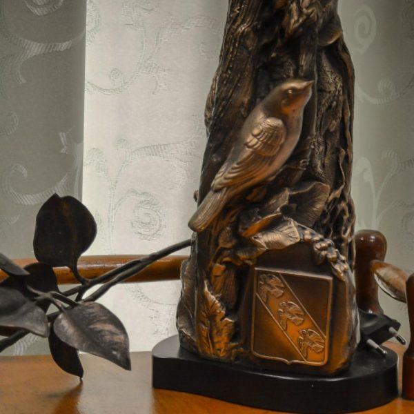 Скульптура соловья