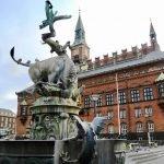Бык, раздирающий дракона, Копенгаген