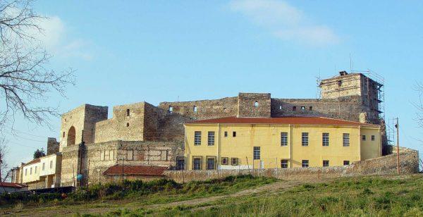 Крепость Эптапиргио
