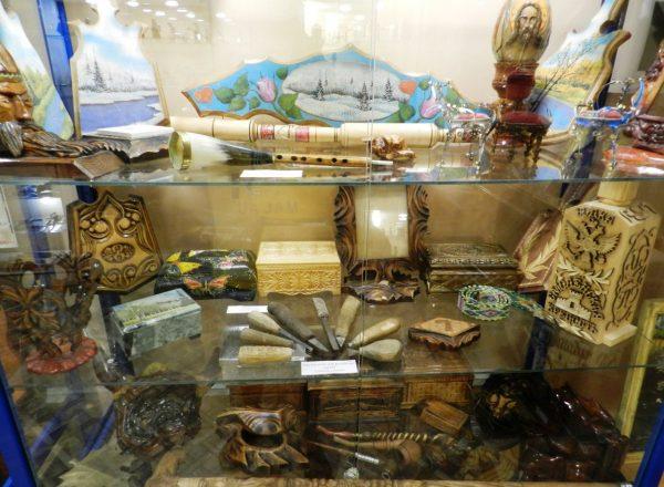 Экспонаты первого зала Музея тюремного искусства