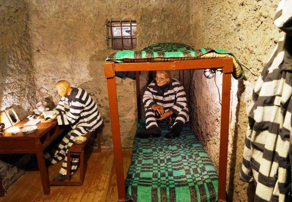 Тюремная камера музея