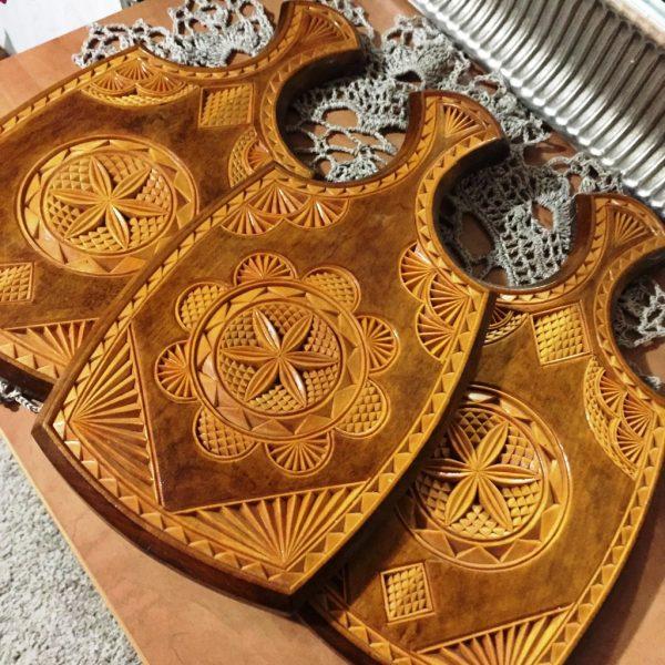 Резные деревянные сувениры