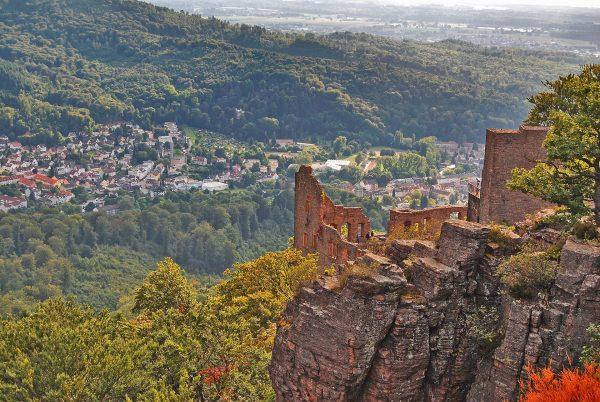 Вид со смотровой площадки замка Хоэнбаден