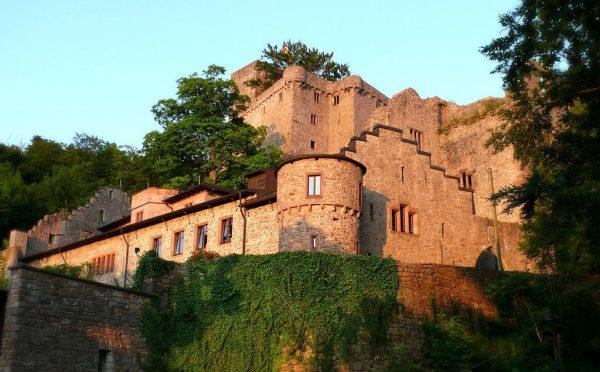 Развалины замка Хоэнбаден