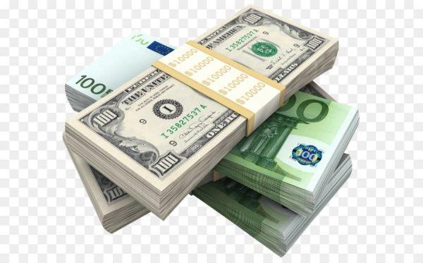 Пачки долларов и евро