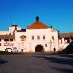 Никольские ворота и надвратный храм во имя Святого Николая Чудотворца