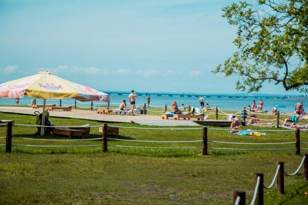 Пляж в парке Лазо