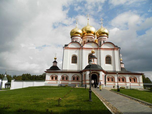 Иверский монастырь на Сельвицком острове