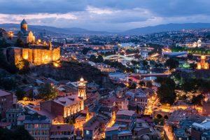 Вечерний город Тбилиси
