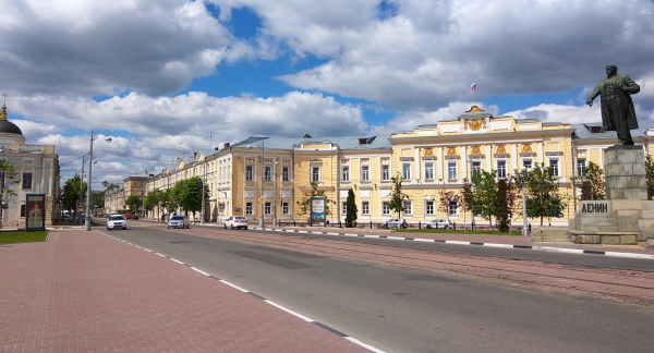 Площадь Ленина в Твери
