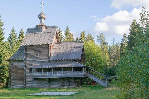 Церковь Преображения в усадьбе Василёво