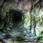 «Ледяная пещера» на Железной горе
