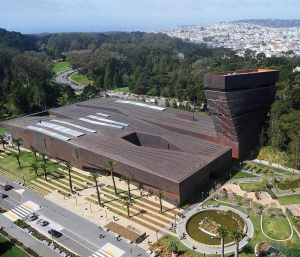 Вид на музей де Янга