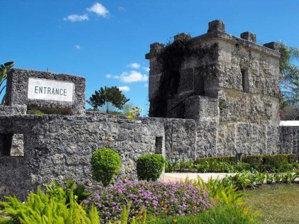 Башня в Коралловом замке Майами