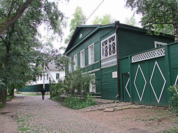 Дом Достоевского в Старой Руссе