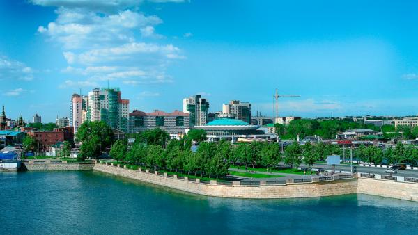 Вид на Челябинск и реку Миасс