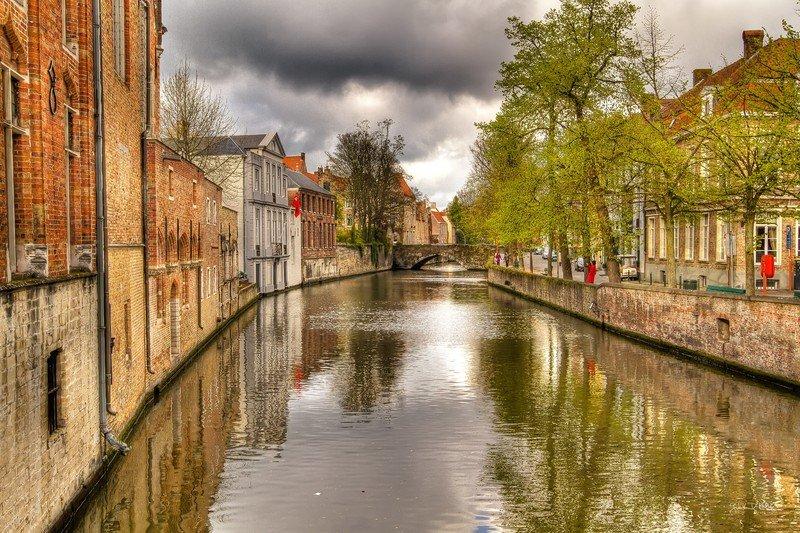 Достопримечательности Брюгге: от средневековых замков до музея картофеля фри