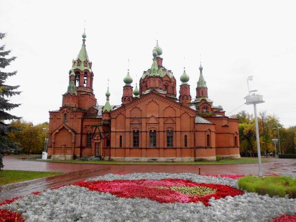 Александро-Невская церковь в Челябинске