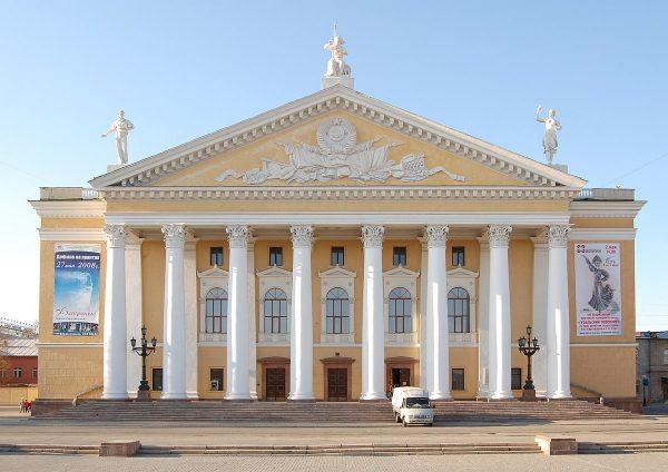 Челябинский театр оперы и балета имени М. И. Глинки на Урале