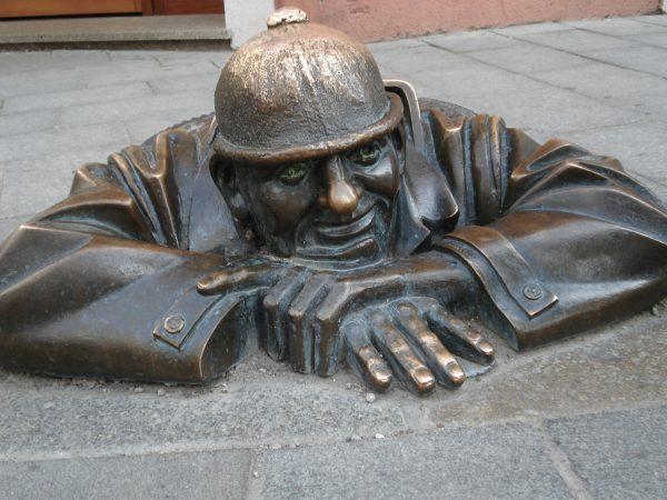 Памятник водопроводчику, Братислава