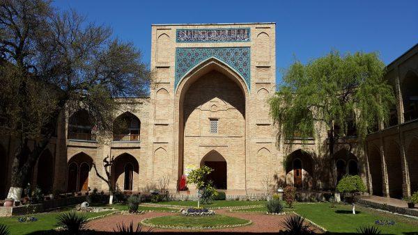 Медресе Кукельдаш в Бухаре