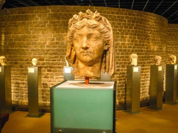 Римско-германский музей