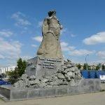 Монумент «Сказ об Урале» в Челябинске