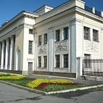Театр Челябинского тракторного завода на Урале