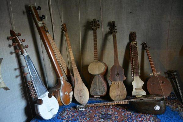 Коллекция народных инструментов
